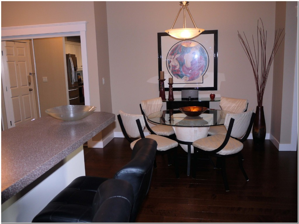 Discovery Bay 4th Floor 2 bed and Den