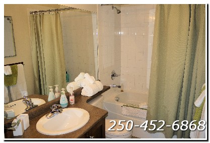 Sunset Waterfront Lake and Pool View Suite on the 7th Floor