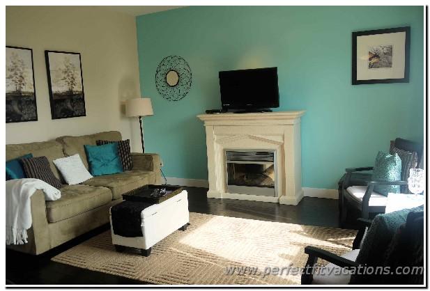 8303-livingroom1